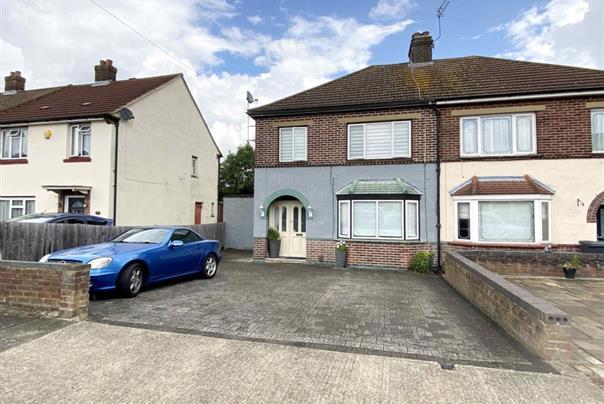 Ravensbourne Crescent, Harold Wood