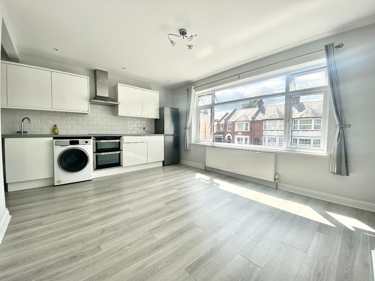 Ongar Road, Brentwood